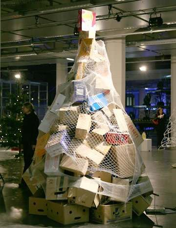 26 rboles de navidad diferentes for Arbol de navidad con cajas de carton